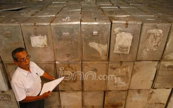 H-1 Kebumen Masih Kekurangan Ratusan Surat Suara - JPNN.com