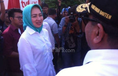 Datang Cari Mendagri, Rano Malah Bertemu Calon Wali Kota Cantik - JPNN.com