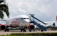 Sayap Rusak, Lion Air Mendarat Darurat di Batam - JPNN.com