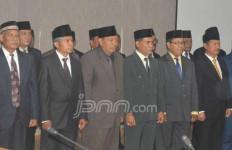 Gubernur Malut Lantik Tersangka Korupsi - JPNN.com