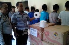 Rasain!!! Gondol 450 Kg Benang Tenun, Enam Orang Dibekuk Polisi - JPNN.com