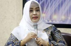 Coret Anggaran Guru Honorer dari APBN, Jokowi Harus Tanggung Jawab - JPNN.com