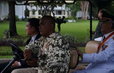 Ketika Gubernur Kepri Naik Golf Car di Istana dan Jokowi Jalan Kaki - JPNN.com