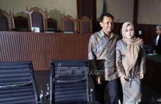 Gatot Dituntut 4,5 Tahun, Istrinya 4 Tahun Penjara - JPNN.com