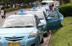 Tergerus Maraknya Taksi Online, Nasib Saham Blue Bird Gimana? - JPNN.com