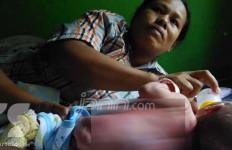 Kasihan, Bocah Sebelas Bulan Ini Butuh Bantuan - JPNN.com