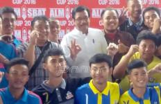 Djarot Buka Turnaman Futsal, Inilah Ajakannya untuk Anak Muda DKI - JPNN.com