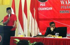 Mau Tahu Alasan Kang Emil Berbaju Merah di Acara PDIP? Nih Jawabnya... - JPNN.com