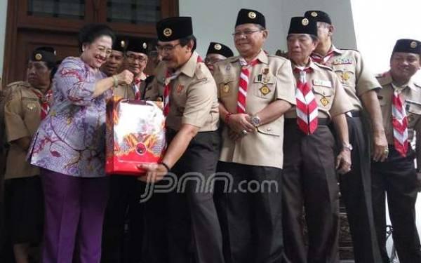 Usai Bertemu Megawati, Adhyaksa: Kalau tak Pamit Ibu Mau Terus - JPNN.com