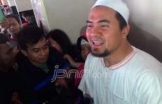 Hukuman Bang Ipul Diperberat, Dewi Perssik: Saya Aja yang Tiga Bulan Nyesek - JPNN.com