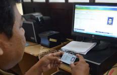 Mau Tahu Kenapa Proyek e-KTP Dikorupsi? Tanya Saja Gamawan Fauzi! - JPNN.com