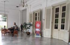 Ahok dan Djarot Cuti, Suasana Balai Kota DKI Jadi Begini - JPNN.com