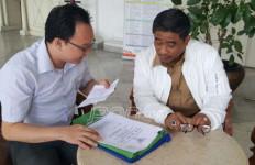 Plt Gubernur DKI Langsung Terima Pengaduan Warga, Nih Fotonya... - JPNN.com