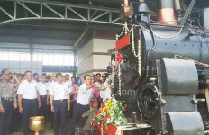 PT KAI Aktifkan Jalur Lokomotif Rel Bergerigi di Ambarawa - JPNN.com