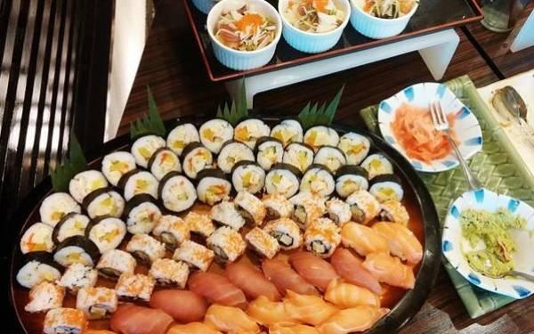 6 Kiat Konsumsi Sushi agar Tetap Aman bagi Kesehatan - JPNN.com