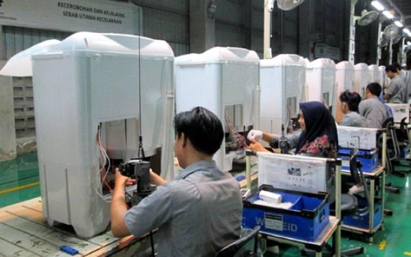 Gemilang, Sharp Produksi 5 Juta Mesin Cuci 2 Tabung - JPNN.com