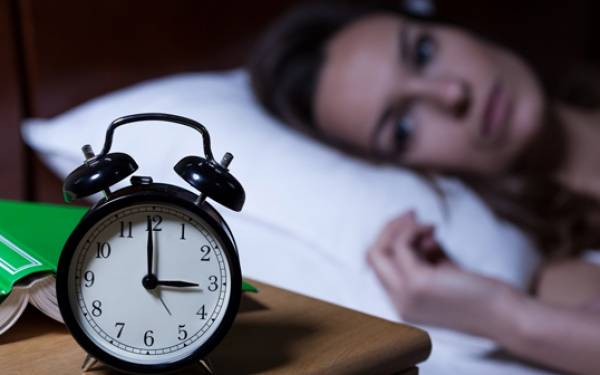 Insomnia Makin Parah Saat Bulan Puasa, Lakukan 3 Hal ini Agar Cepat Pulas - JPNN.com