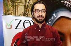 Reza Rahadian Masih Simpan Barang Pemberian Mantan - JPNN.com