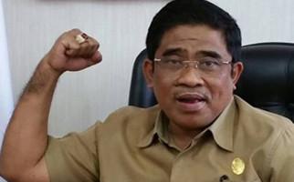 Plt Gubernur Ikhlas Dikalahkan Warga Bukit Duri - JPNN.com