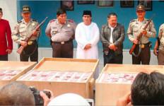 Tipu Ratusan Juta, Dimas Kanjeng Dituntut 4 Tahun Bui - JPNN.com