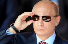 Putin Kecam Perang Dagang AS - Tiongkok - JPNN.com