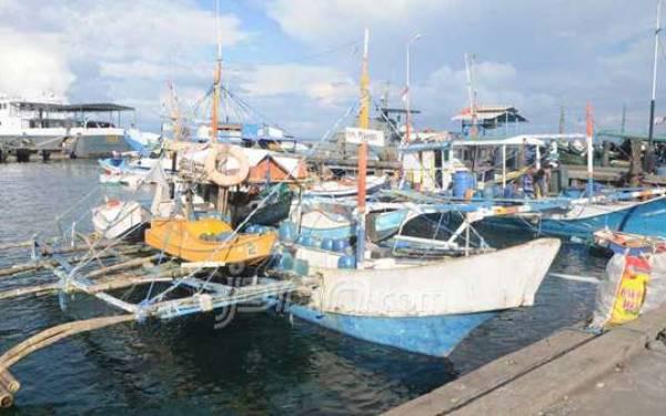 Terombang-Ambing, Tiga Nelayan Nyaris Tewas - JPNN.com