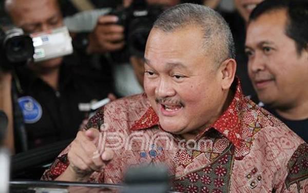 Kasus Korupsi Masjid Sriwijaya, Alex Noerdin Digarap Penyidik di Kejagung - JPNN.com