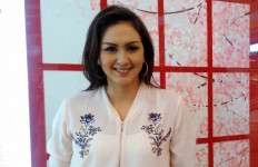 Donna Agnesia Pengin 2 Putranya Masuk Timnas - JPNN.com