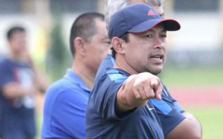 Begini Alasan Aji Santoso Rekrut Yanto Basna - JPNN.com