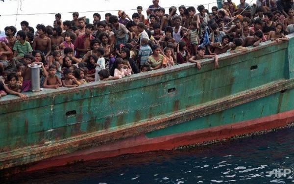 Malaysia Tutup Pintu Bagi Muslim Rohingya, Virus Corona Dijadikan Alasan - JPNN.com