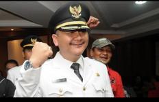 SAH! Pak Wawali Surabaya Resmi jadi Suami Dini - JPNN.com