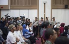 Jangankan Media, KY Saja Dilarang Merekam Sidang Ahok - JPNN.com