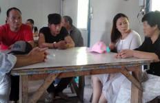 Dalami Motif 12 WN Tiongkok Berada di Kampung Hideung - JPNN.com