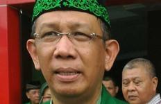 Pernyataan Keras Gubernur soal Dokter Pakai Ikat Kepala #2019GantiPresiden - JPNN.com