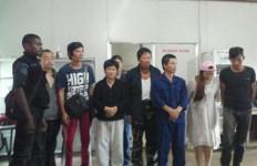 OMG! TKA Tiongkok Garap Bahan Baku Militer di Bogor? - JPNN.com