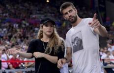 Shakira Diuber-uber Paparazzi, Gerard Pique Ngamuk - JPNN.com