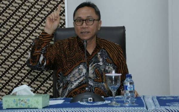Ratusan Mahasiswa UMS Antusias Sambut Ketua MPR - JPNN.com