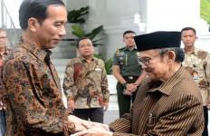 BJ Habibie Sakit di Luar Negeri, Ini Respons Presiden Jokowi - JPNN.com