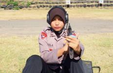 Bripda Nabila, Menembak Membelakangi Sasaran, Dor! - JPNN.com