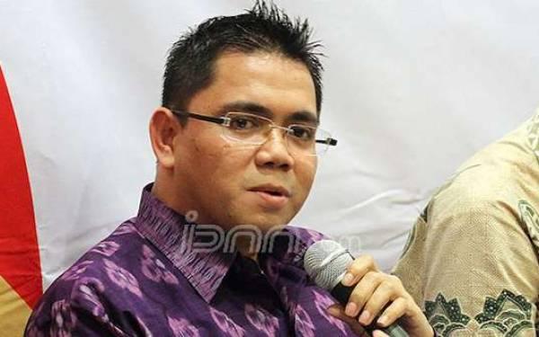 Arteria PDIP Ajak Demokrat Dorong KPK Jerat Gamawan dan Diah - JPNN.com
