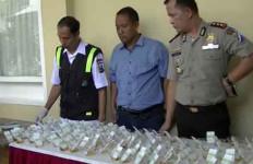 Anggota Polisi Jalani Tes Urine Mendadak, Hasilnya Bikin Melongo - JPNN.com