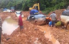 Tolong!! Begini Kondisi Jalan Nasional Trans Papua - JPNN.com
