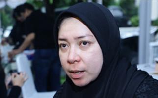 Ade Irawan Meninggal, Melly Goeslaw: Bahagia Berkumpul kembali dengan Ria di Surga - JPNN.com