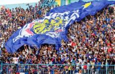 Striker Arema FC Akui Persib Bandung Lebih Beruntung dari Timnya - JPNN.com