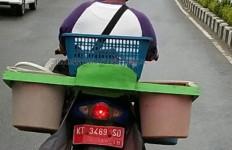 Heboh! Kendaraan Dinas Dipakai Berjualan Ikan - JPNN.com