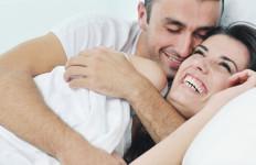 Kenali Tanda Si Dia Jatuh Cinta Pada Anda - JPNN.com