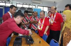 327 SMK Kantongi Sertifikat Lisensi dari BSNP - JPNN.com