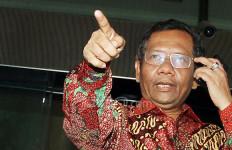 Prof Mahfud Sebut Tersangka Korupsi Tak Pantas Pimpin DPR - JPNN.com