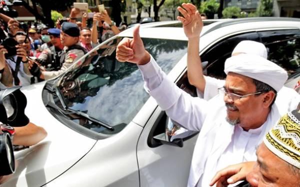 Ternyata Ini Alasan Habib Rizieq Terlambat Datang - JPNN.com