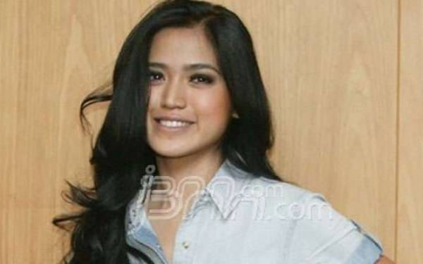 Jessica Iskandar Berniat Pensiun dari Dunia Hiburan - JPNN.com